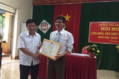 Hội nghị Công chức, viên chức và người lao động THCS Nguyễn Du 2018-2019